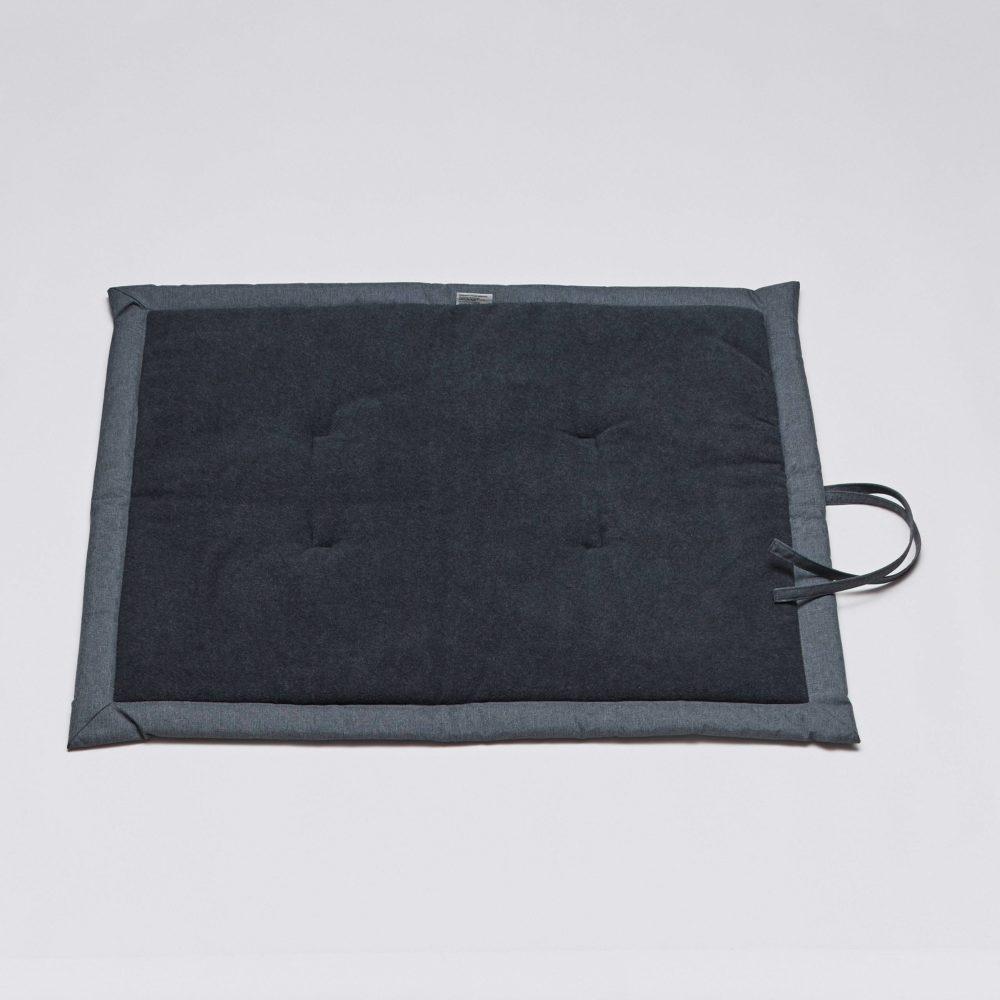cloud7-dog-blanket-mid-grey-waterproof-grey-fleece
